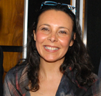Ευαγγελία Παπανικολάου, PhD, MA, FAMI, Μουσικοθεραπεύτρια-Πιστοποιημένη εκπαιδεύτρια μεθόδου GIM